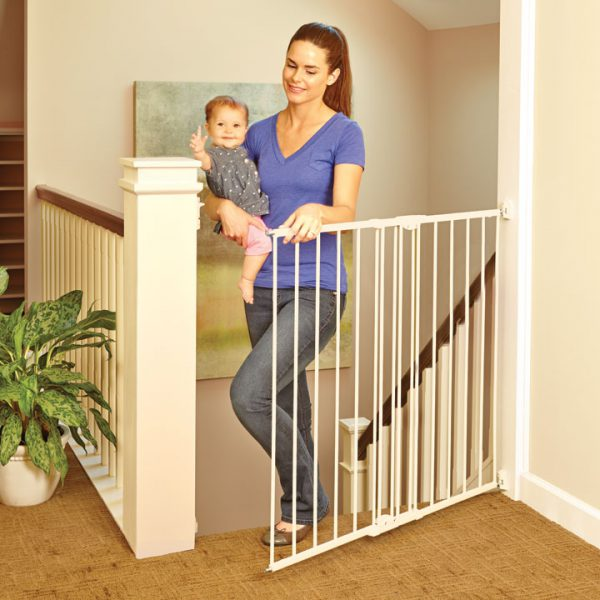 Tall Easy Swing & Lock Gate Linen