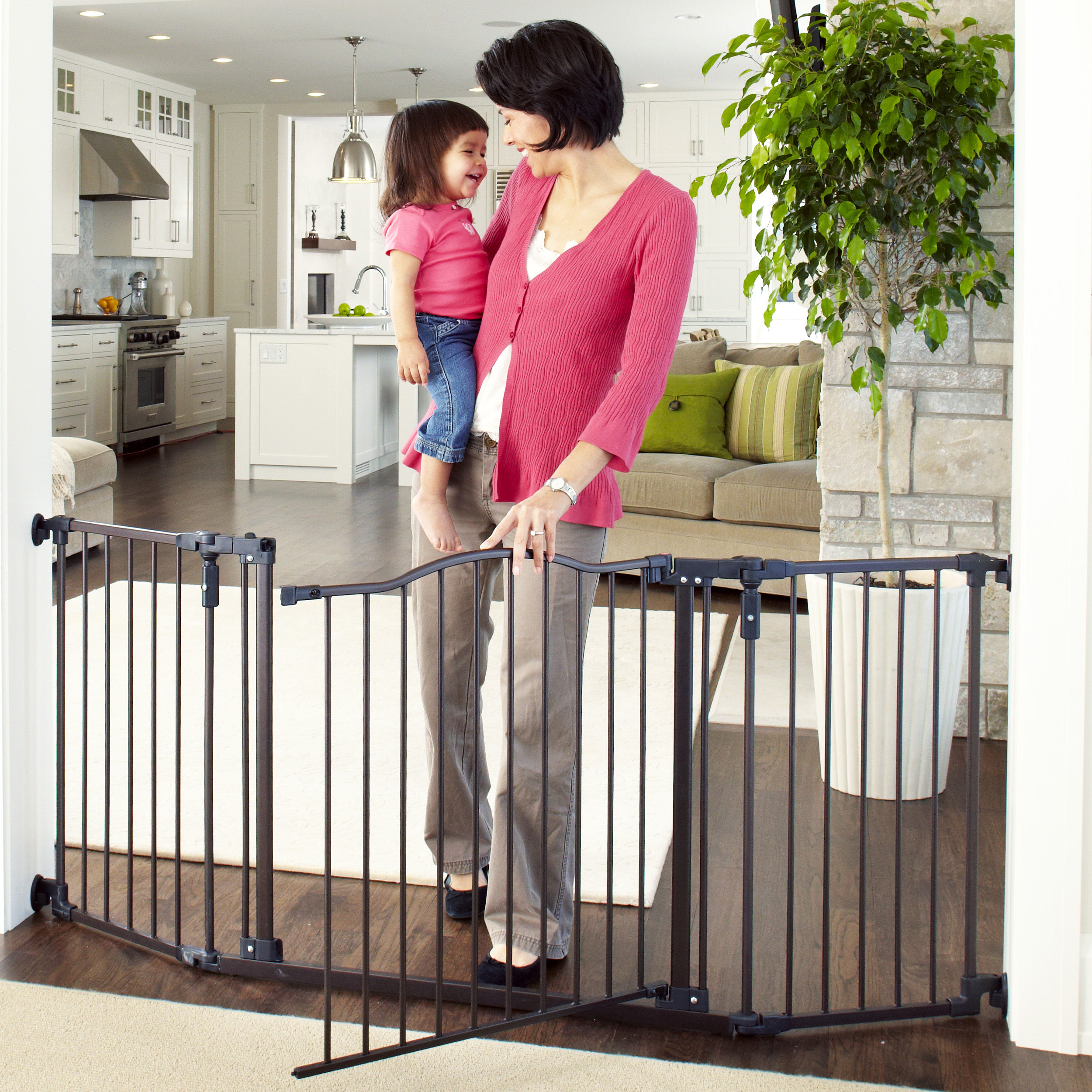 Extra Large Supergate Pet Child Dog Gate Safety Extra Wide Swing Baby Child Walk
